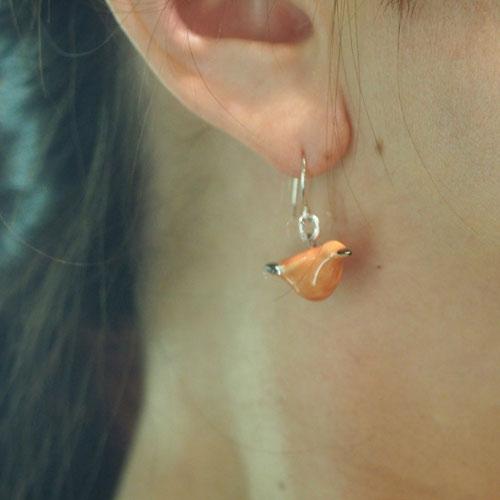 シルバー&セラミック フィンランドのオレンジ小鳥ピアス(北欧ヴィンテージジュエリー)
