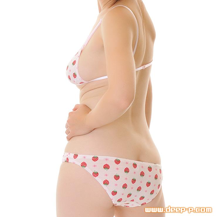 ジュニアブラ風トップスとショーツセット いちご柄のコットン地 ロリ可愛いです ピンク色 | ラポーム | ●