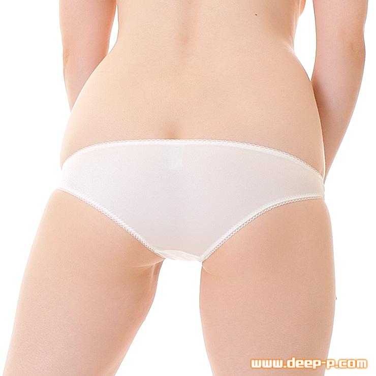 小さめだけど伸びるからね 可愛げなローライズフルバックパンティー 発色が良いBright2way地 白色 | ターキー | ●