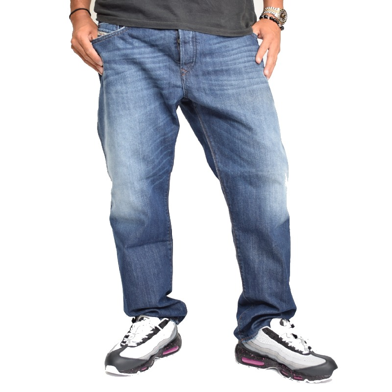 【SALE】 大きいサイズ メンズ ディーゼル Diesel デニムパンツ ジーンズ レギュラー スリム テーパード BUSTER 0838B 38インチ