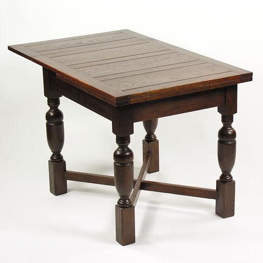 ドローリーフテーブル