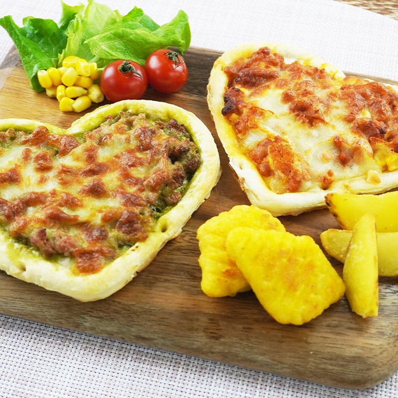2種のハートピザセット(サルシッチャとトマトソースのグラタンハートピザ145g×2、サルシッチャとバジルソースのグラタンハートピザ145g×2)