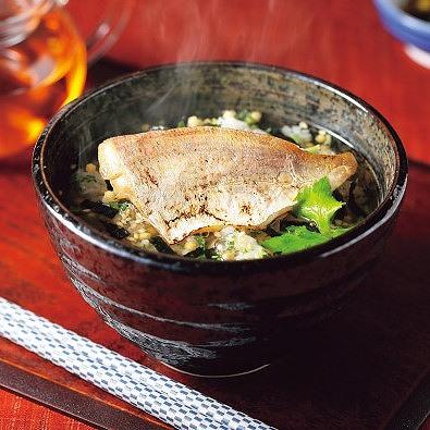 極和膳 究極のお茶漬け (9種:金目鯛・穴子・鮭・鯛・帆立ほか)