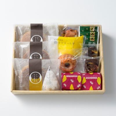 人気の和菓子&洋菓子詰合せ8種 中/風呂敷包み OyaimaスイーツセレクションB