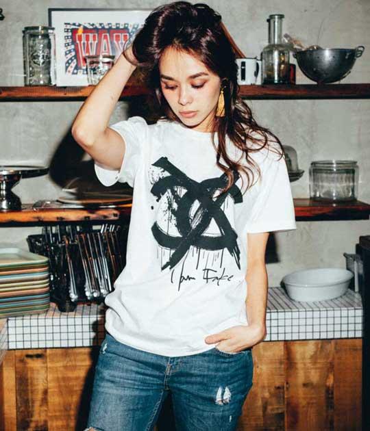 【Kare/ME×buggy(カーミー・バギー)】ロゴプリントTシャツC★☆