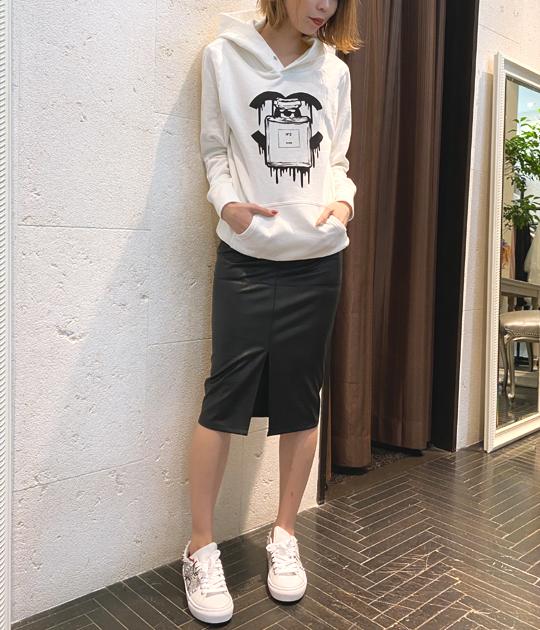 【Kare/ME×buggy(カーミーバギー)】コラボパーカーBC★☆