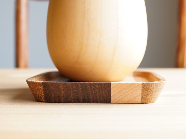 寄せ木のコースター おしゃれでモダンな寄木細工デザイン