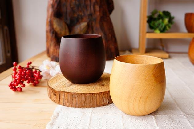 【ラッピング込み】感謝・お祝いの贈り物に 木の湯のみとメッセージコースター ペアギフトセット