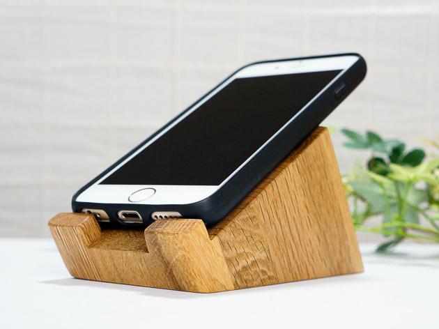 モバイルスタンド スマホを充電しながら操作できる便利アイテム
