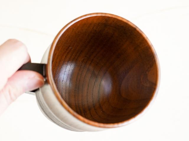 漆塗りの段付きマグカップ