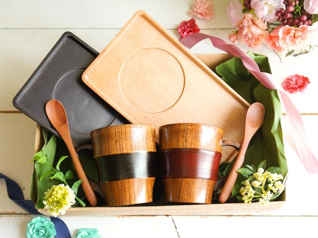 【父の日&母の日】木の食器ペアギフト トレイ付ティータイム6点セット