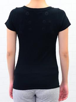 ご要望の多かった半袖タイプ登場!コリが気になる部分に8個の磁石を配置しました。<BR>磁気治療半袖Tシャツ