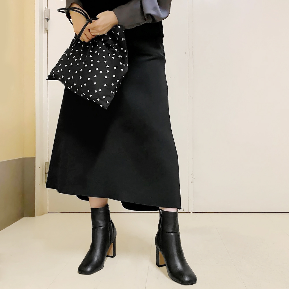 【40%OFF】スクエアショートブーツ BLK/ORBR Dhyana.