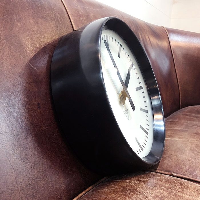 PA-S-001 / Pragotron パラゴトロン 掛時計ウォールロック 30cm