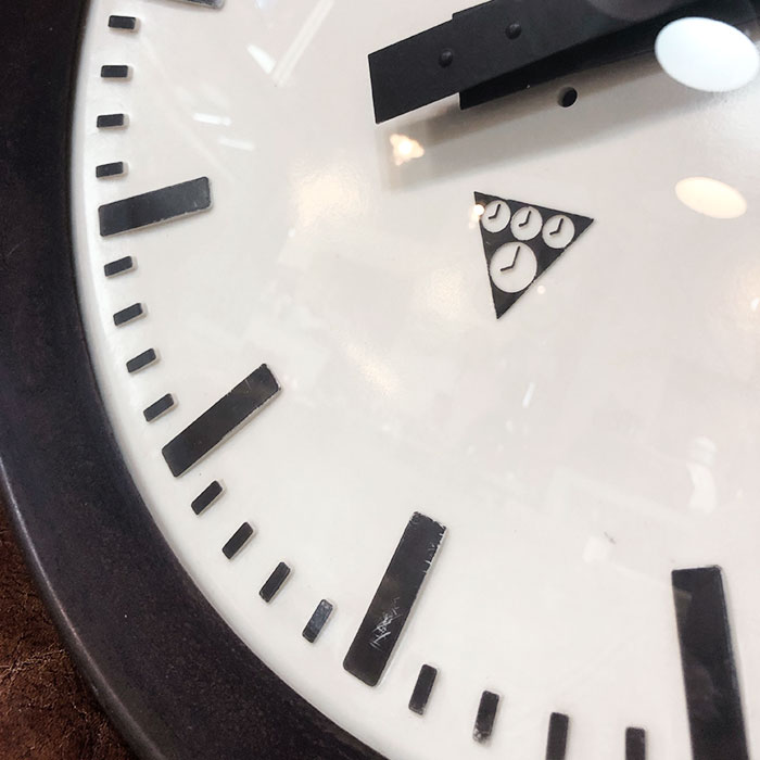 PA-S-012 / Pragotron パラゴトロン 掛時計ウォールロック 30cm