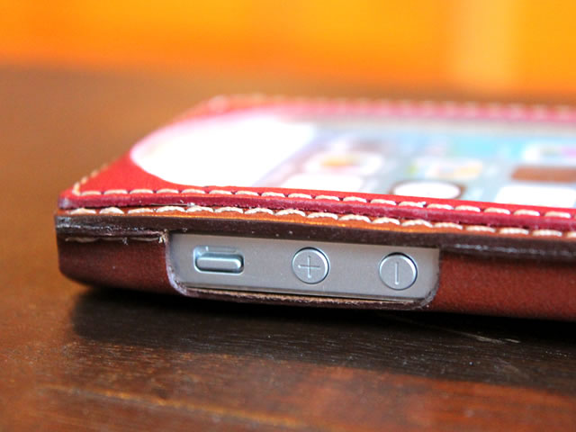 レザーiPhone5sケース (iPhone5・iPhone5c対応)