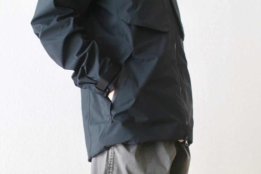 "Poutnik The Urban Traveler by Tilak(ポートニック バイ ティラック) ""Caw Jacket GTX"""