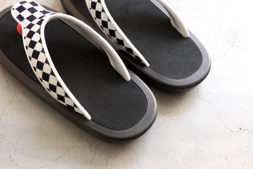"""JoJo × itten. (ジョジョ×イッテン)""""BEACH SANDAL -checkered flag-"""""""