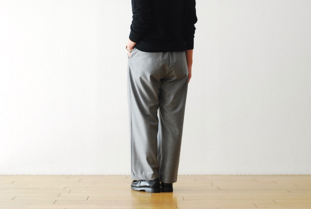 "[WOMEN'S]TOUJOURS(トゥジュー)""Easy Trousers - SUPER 120's WORSTED WOOL MELANGE FLANNEL CLOTH"""