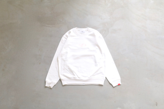 "itten.(イッテン) ""itten. × NONCHELEEE"" crew sweat / WHITE"
