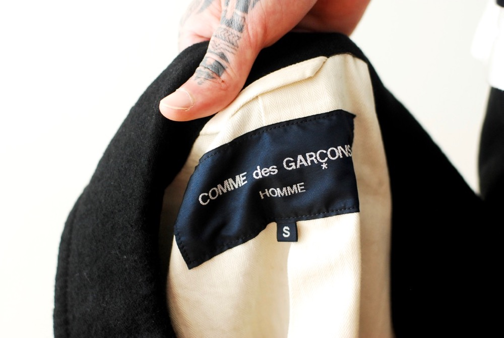 "COMME des GARCONS HOMME(コム デ ギャルソン・オム) ""ウールサージ ステンカラーコート"""