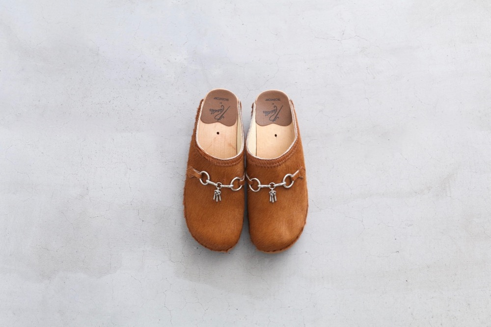 "[WOMEN'S]Needles × TROENTORP (ニードルズ × トロエントープ) ""Swedish Clog - Pony / Bit"""