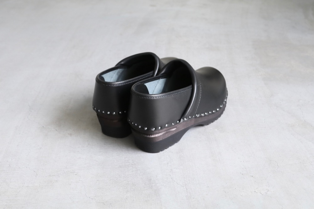 "TROENTORP (トロエントープ) ""Swedish Clog - Closed Back"""