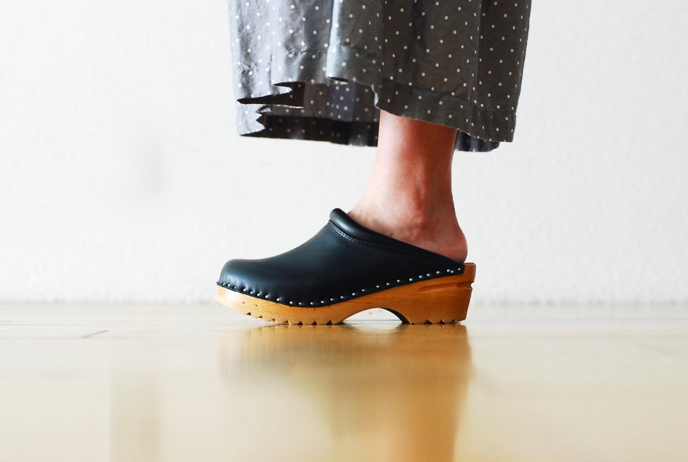 "TROENTORP (トロエントープ) ""Swedish Clog - Plain Toe / Smooth"""