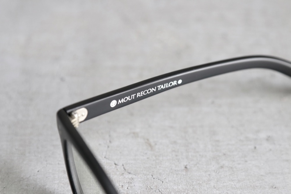 """MOUT RECON TAILOR(マウトリーコンテーラー) """"phtochromic BCG"""""""