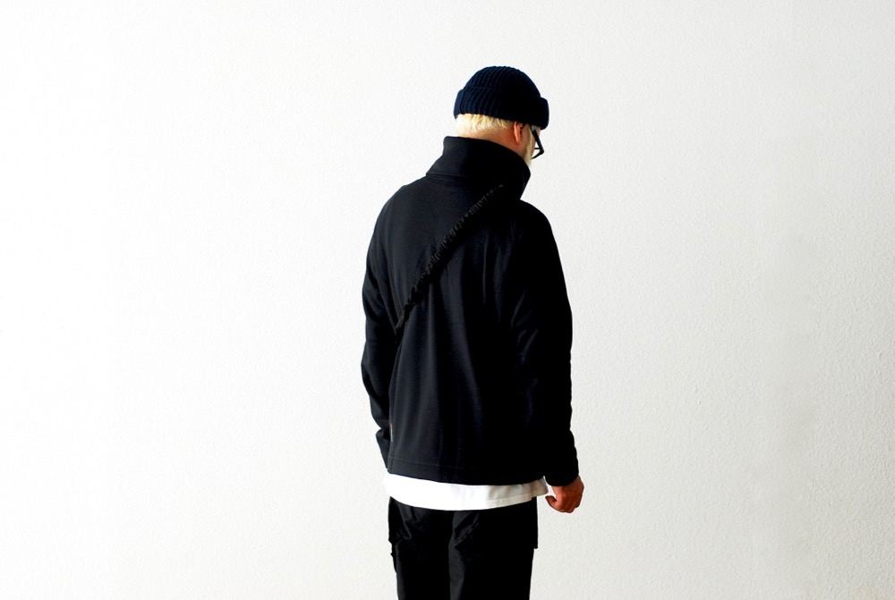 "Poutnik The Urban Traveler by Tilak(ポートニック) ""Raven Turtleneck"""