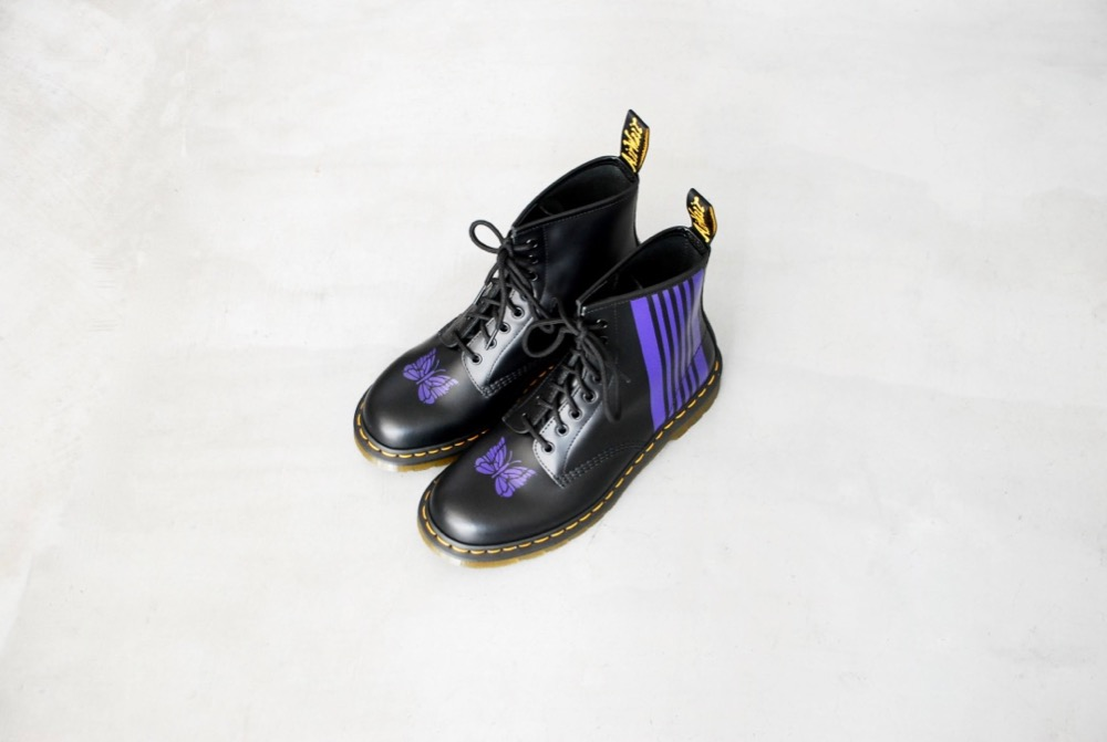 "[Limited]Needles × Dr.Martens (ニードルズ × ドクターマーチン)""Needles Special 8Holes Stripe Boot"""