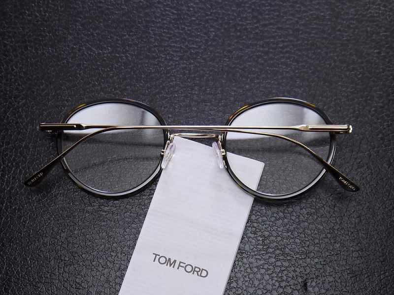 トムフォード(TOMFORD) TF5521 052  (48)