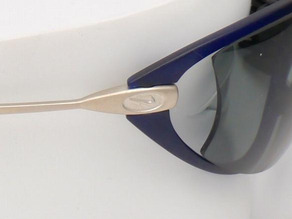 NIKE V12PF703