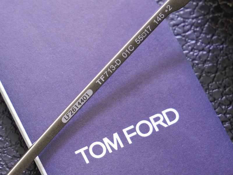 トムフォード(TOMFORD) TF0713D 01C