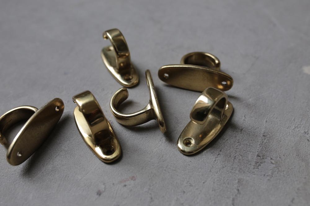 Brass curtain hook B<p>真鍮カーテンフック B</p>