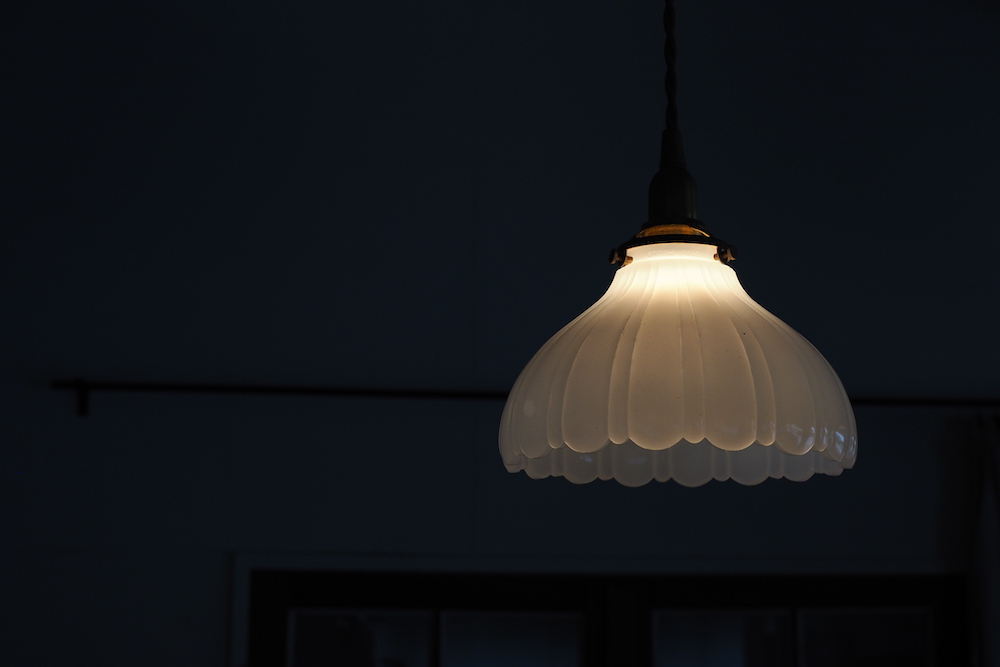 Milk glass lamp shade A<p>ミルクガラスランプシェード A</p>