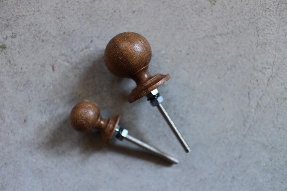 Wooden knob (M/L)<p>木のつまみ (M/L)</p>