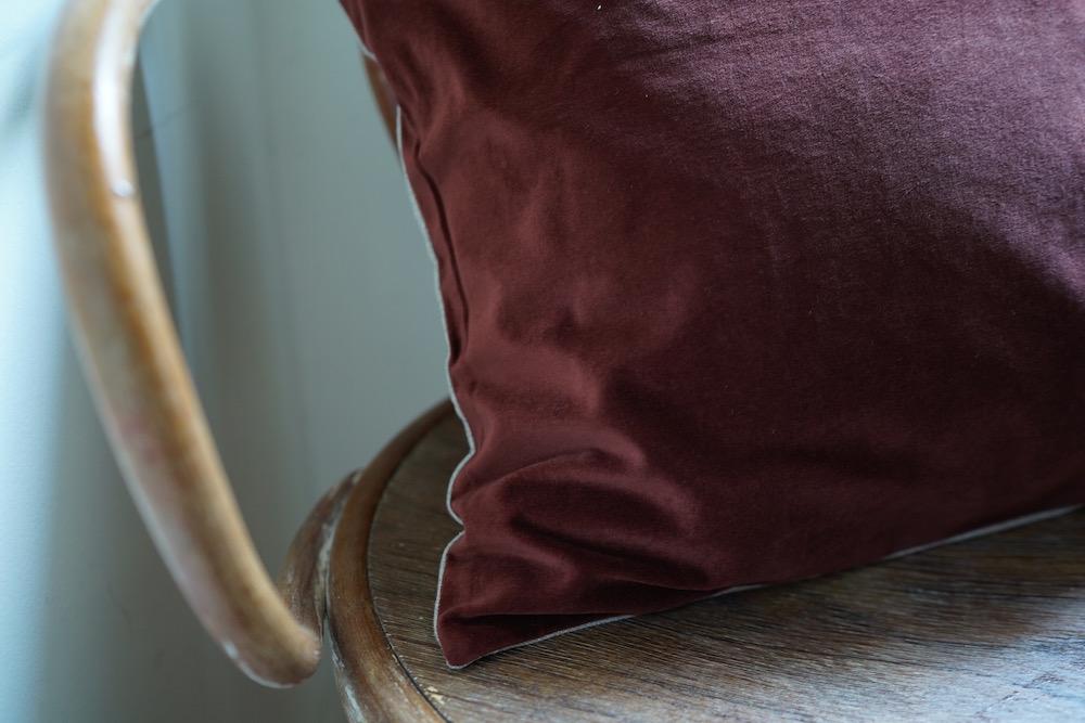 Hand-dyed velvet cushion cover 45 / HOGARTH<p>キルステンヘクターマン 手染めベルベットクッション(カバーのみ)</p>