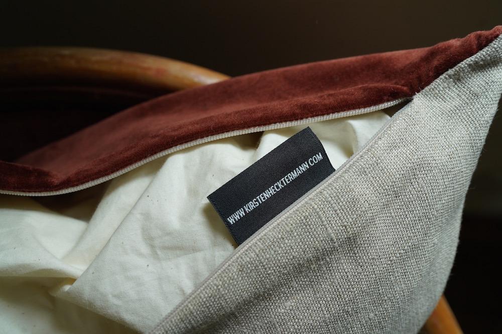 Hand-dyed velvet cushion 50 / HOGARTH<p>キルステンヘクターマン 手染めベルベットクッション</p>