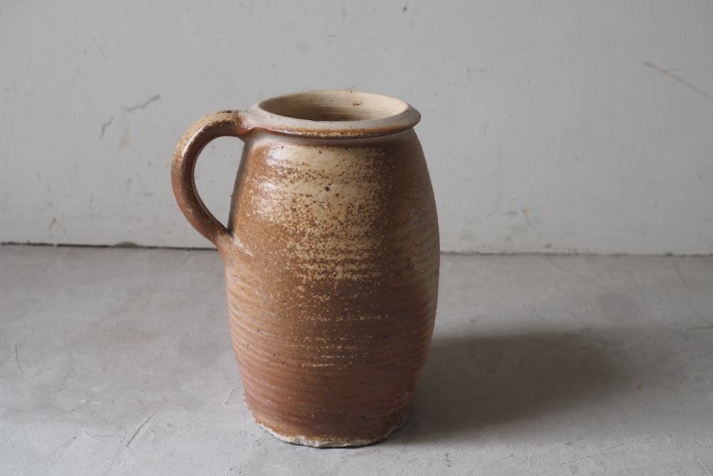 Pottery jag A<p>陶器ジャグ A</p>