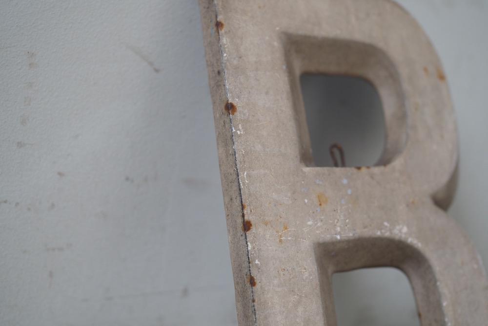 Alphabet plate <p>アルファベットプレート</p>