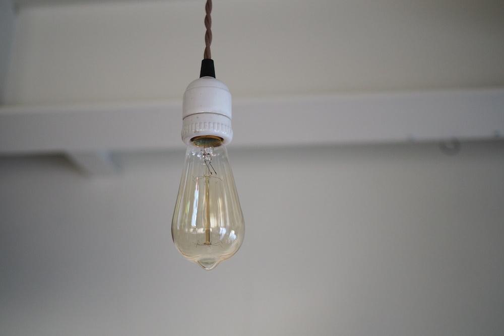 Light bulb<p>エジソン白熱球 E26</p>