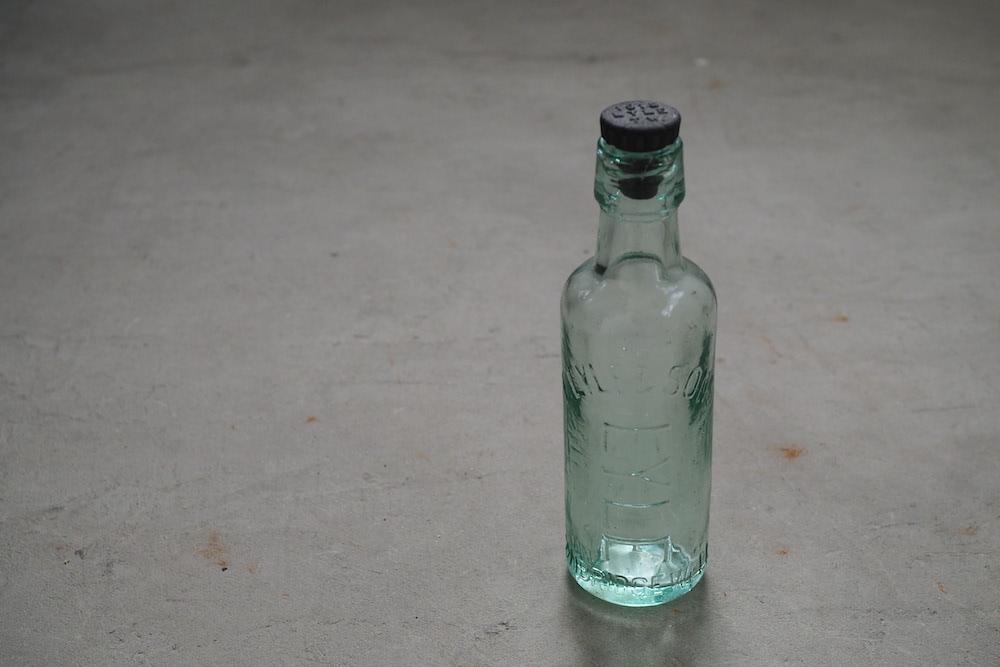 Glass bottle R<p>ガラス瓶 R</p>