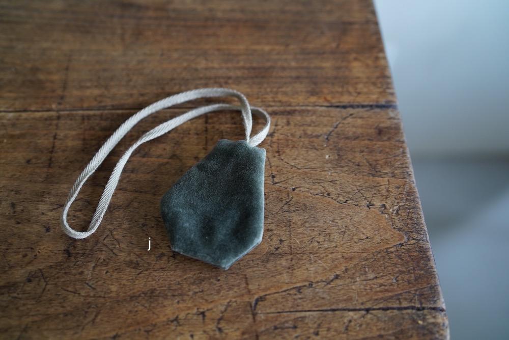 Hand-dyed velvet key clochette (C)<p>キルステンヘクターマン 手染めヴェルヴェット キークロシェット</p>