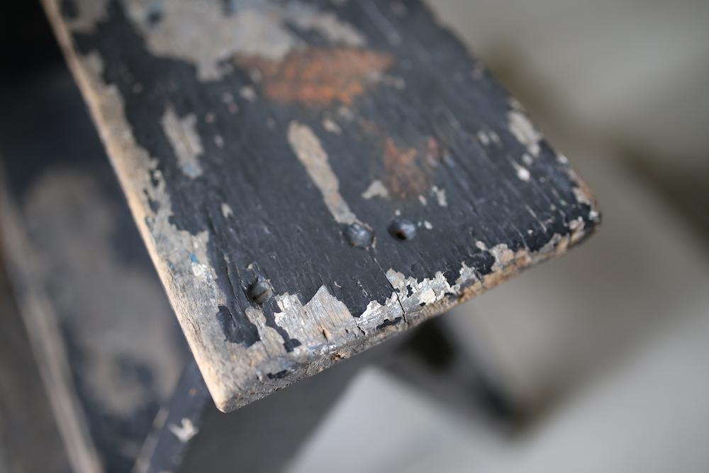 Wooden stepladder<p>木製 折りたたみ脚立</p>