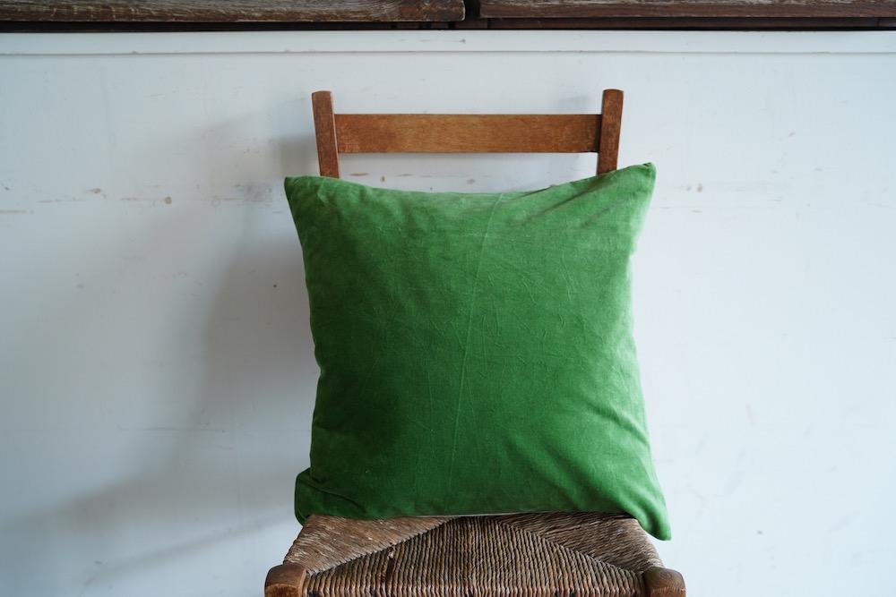 Hand-dyed velvet cushion cover 45 / DERBYSHIRE<p>キルステンヘクターマン 手染めベルベットクッション (カバーのみ)</p>