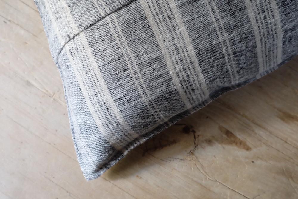 Original linen cushion cover 45 / Multi Stripe<p>オリジナル リネンクッションカバー</p>