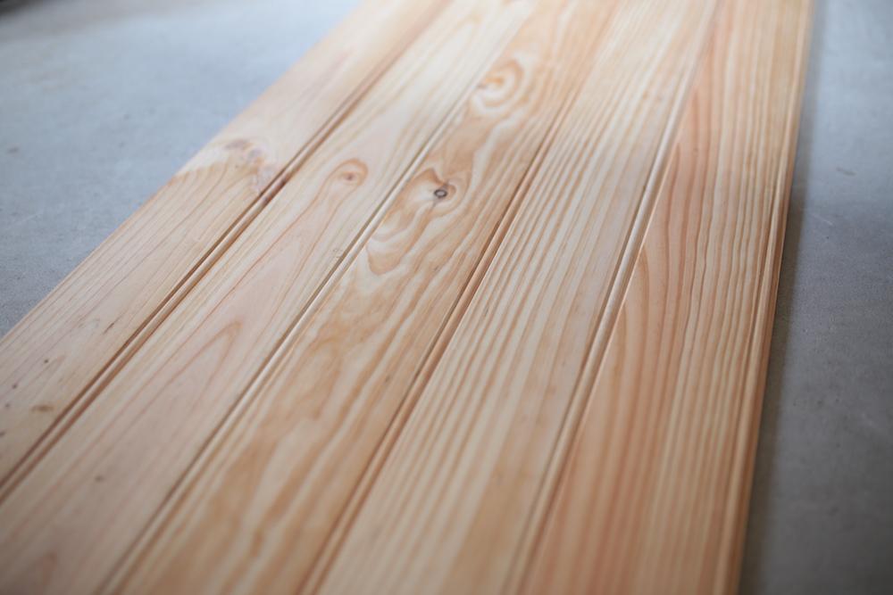 Pine wall panel<p>パイン材のウォールパネル</p>