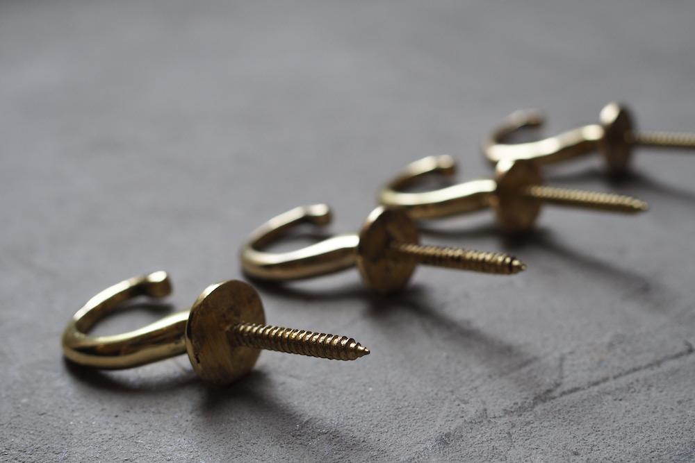 Brass hook B<p>真鍮フック B</p>
