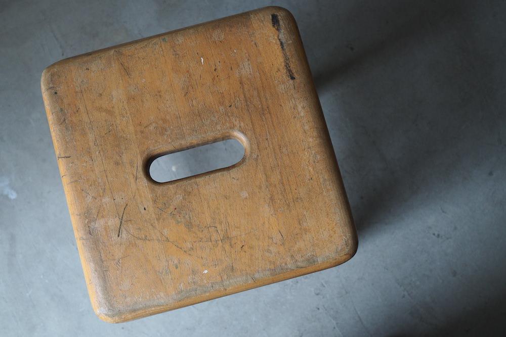 Vintage square stool C<p>ヴィンテージ スクエアスツール C</p>